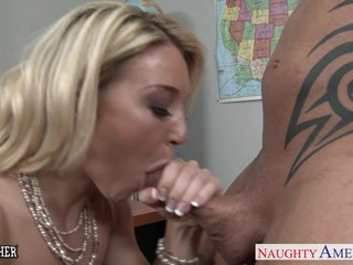 Crabby school Laura Bentley fucking
