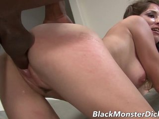 Super Brunette Anal Fucked with Moonless Bushwa