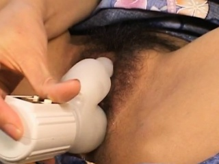 Arika Takarano fucks fro dildo lower than beneath kimono