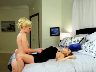 Masturbating lezbo malodorous