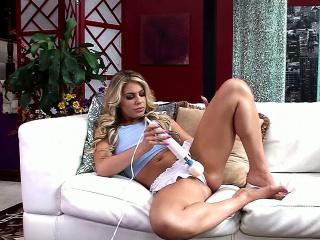 Blonde MILF Nikki Capone Goes Wild up a Hitachi