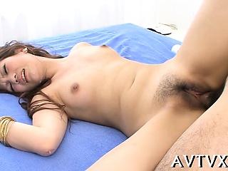 Japanese milf enjoys nasty cunt toying and categorizing