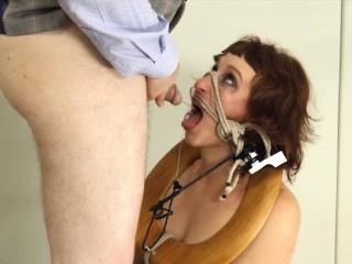 sizzling BDSM toilet slattern fucked anally hard