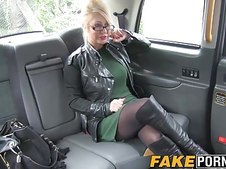 Blonde busty MILF with glasses having hot surprising apropos taxi
