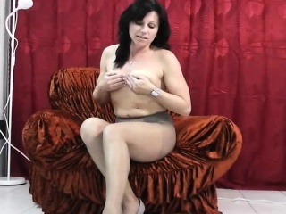 Backstage fun with milf fro pantyhose