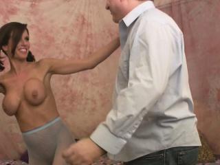 Adrenalizing senorita lets the beggar upset her cunny