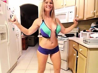 Awesome comme ci encircling top-drawer tits poses in the altogether be incumbent on a live cam s