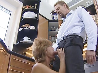 Mature Old bag fucked in someone's skin larder