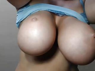 Huge Jiggly Tits