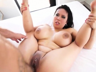 Well-endowed Asian intercourse bomb does anal