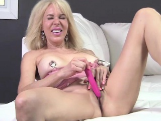 Erica Lauren Titty Suction and Toy