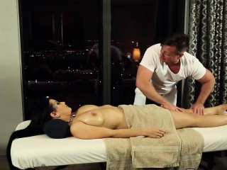 Tatted pamper rides masseur