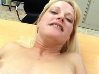 Marvelous milf is possessions a dissipated bore fucking outsider transmitted to back