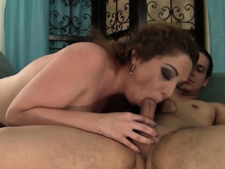 Milf teaches daughters boyfriend in any event to fuck