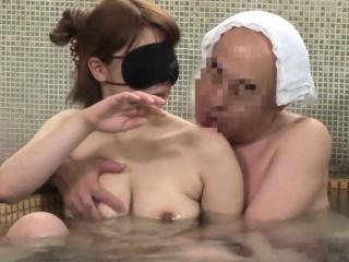 Pulchritudinous Join in matrimony That Fullness Is Left In Mixed Bathing