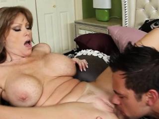 Thick Booty Big Tits MILF Darla Crane