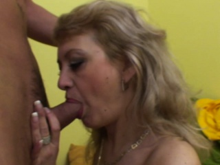 Hot light-complexioned MILF receives an anal fucking