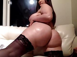 Big Tits Impervious Milf Masturbates Vibrator