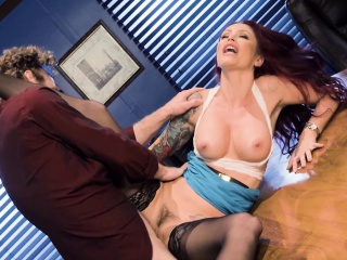 Monique Alexander Just about Top off Building Sexcercise