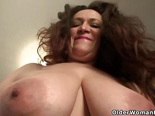 Nicolette Parsons amassing