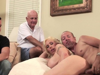 Big-busted housewife assfucked thither cuckold play