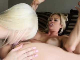 Milf Alexis gets pussy banged apart from Elsa tie together on