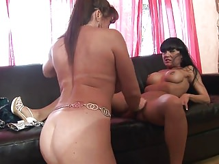 Grey old bag and gorgeous brunette attempt dildo fuck on the chaise longue