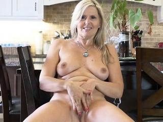 Hot milf sexual connection with an increment of cumshot