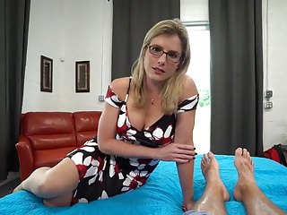 Blue-eyed milf gets creampie