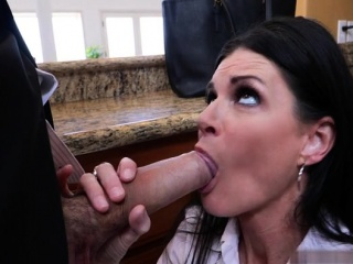 Sunless milf sex with cumshot