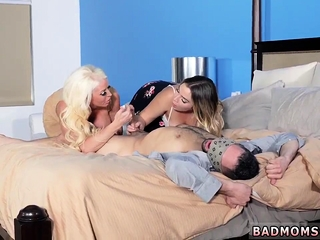 Milf teaches prankish time Stepmoms Little Accessory