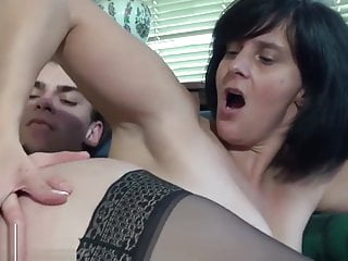 A french mature fuck with younger man clubbable