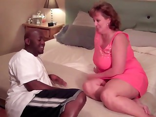 Obese MILF fucked by BBC 1