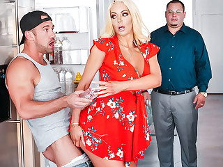 Nicolette Shea & Johnny Castle in Caboose Cockfidential - SneakySex